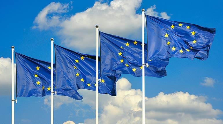 """Contest """"Noi e gli Altri"""": racconta la tua esperienza europea!"""
